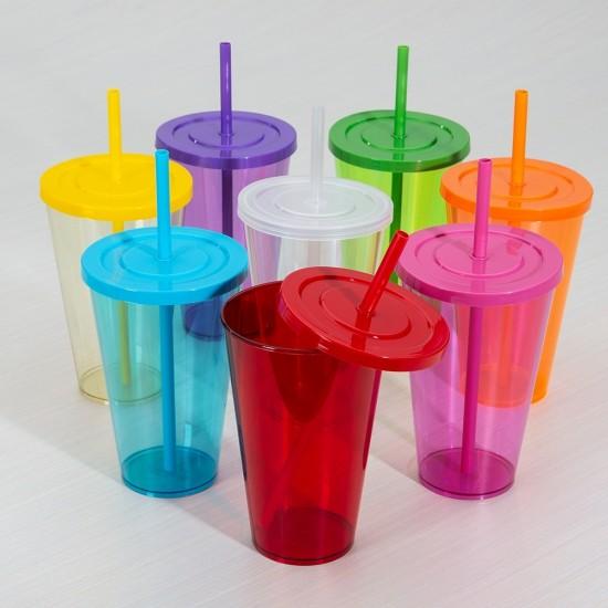 Copo plástico 650ml com tampa e canudo coloridos e corpo translúcido colorido