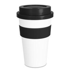 Copo plástico 480ml com tampa, produzido em polipropileno e livre de BPA