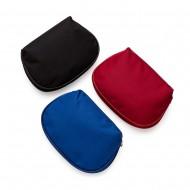 Necessaire de nylon inteira colorida com zíper e parte interna emborrachada